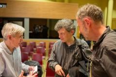 Llorenç Raich i Carles Costa, d'Activitats Culturals de l'IEFC, amb José Manuel Ballester. Foto: Javier Chicharro